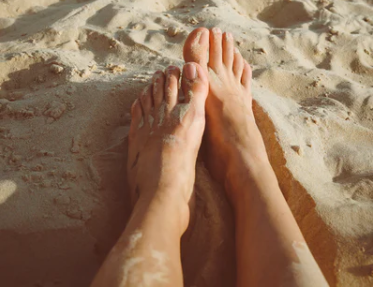 Um banho do pé pode ser a de manter os pés saudáveis, bem como bela